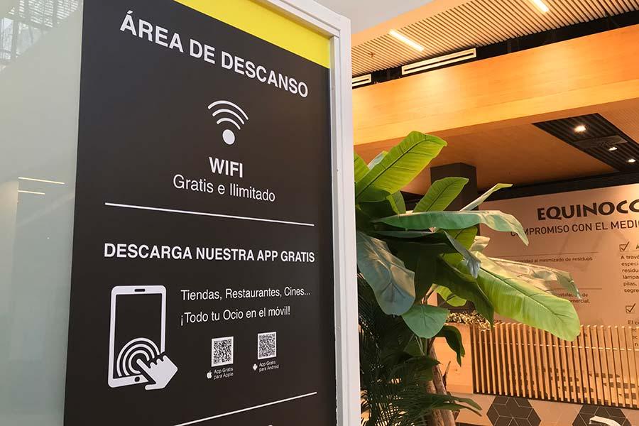 Telecolver implanta la nueva red WIFi en el centro comercial Equinocio (Majadahonda)